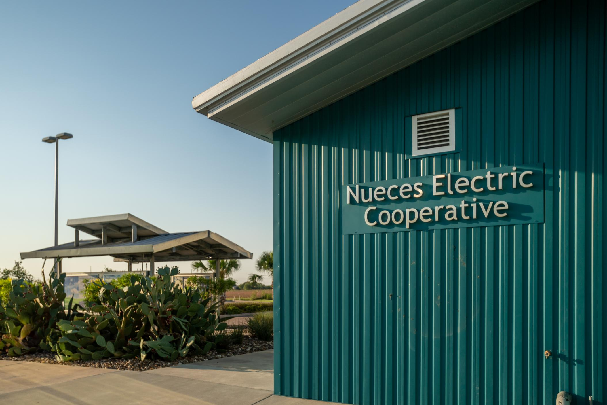 https://nueceselectric.org/sites/nueceselectric/files/hero_images/20200820_nueces_electric_dp_015_50249755191_o.jpg